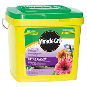 Miracle-Gro 3.75-lb Ultra Bloom Water Soluble Plant Food