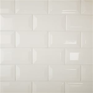 American Olean Starting Line Gloss White Glazed Ceramic Wall Subway Tile (Common: 3-in x 6-in; Actual: 3-in x 6-in)