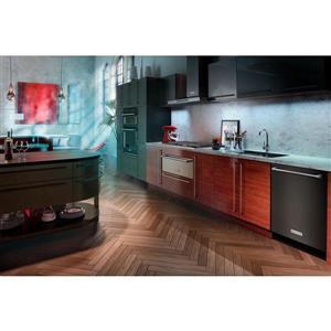 KitchenAid 36-in 600 CFM Wall-Mounted Range Hood (Black Stainless Steel)