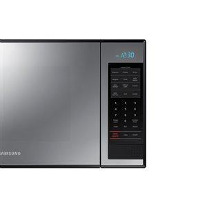 Samsung 1.4 cu-ft 850-Watt Countertop Microwave (Mirror)