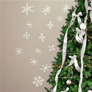 ADzif Christmas Wall Decal - Snowflakes  - 2.6' x 2.3' - White