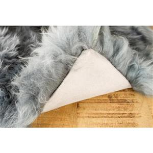 Natural by Lifestyle Brands Grey 18-in x 18-in Sheepskin Pillows (2 Pack)