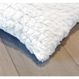 Luxe Belton 18-in Square Ivory Faux Fur Pillows (2 Pack)