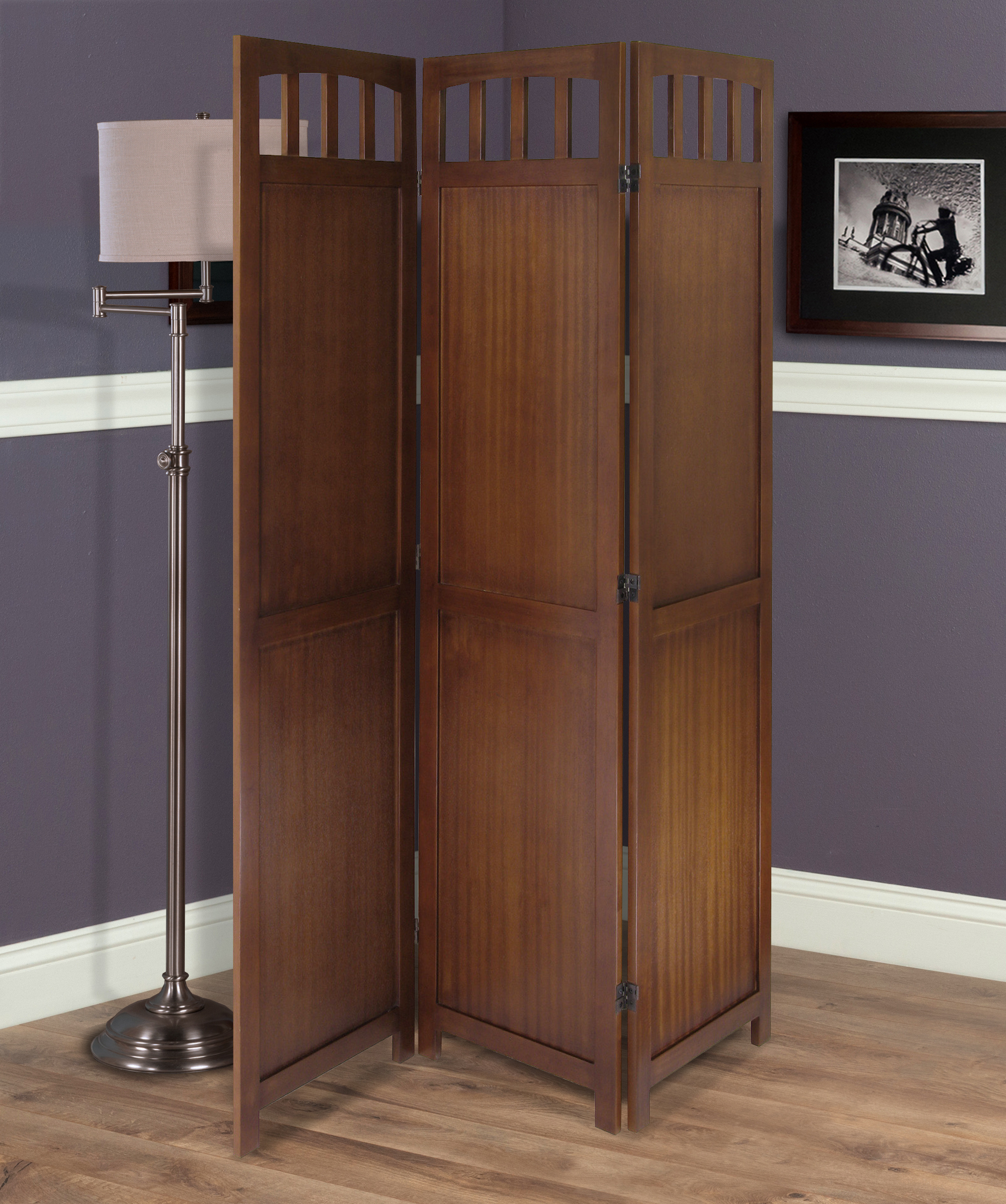 Winsome Wood William 52 4 In X 70 In Walnut Finish 3 Panel Room Divider Lowe S Canada
