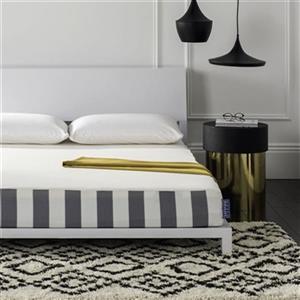 Safavieh 75-in x 54-in Embrace 8-in Luxury Foam Dream Mattress
