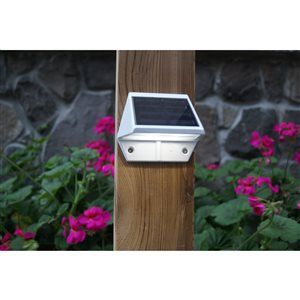 Classy Caps Deck and Wall Light White Aluminum 3.5-in x 2.5-in