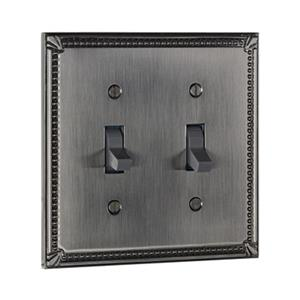 Richelieu Traditional Toggle Switchplate,BP8633195
