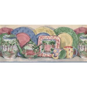 Retro Art Plates and Kettle Kitchen Wallpaper - Multicolored