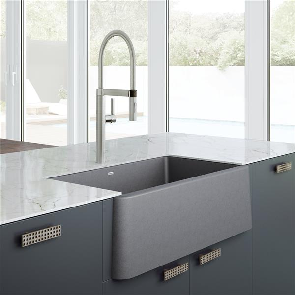 Blanco Ikon Farmhouse Kitchen Sink 33 In Grey Lowe S Canada