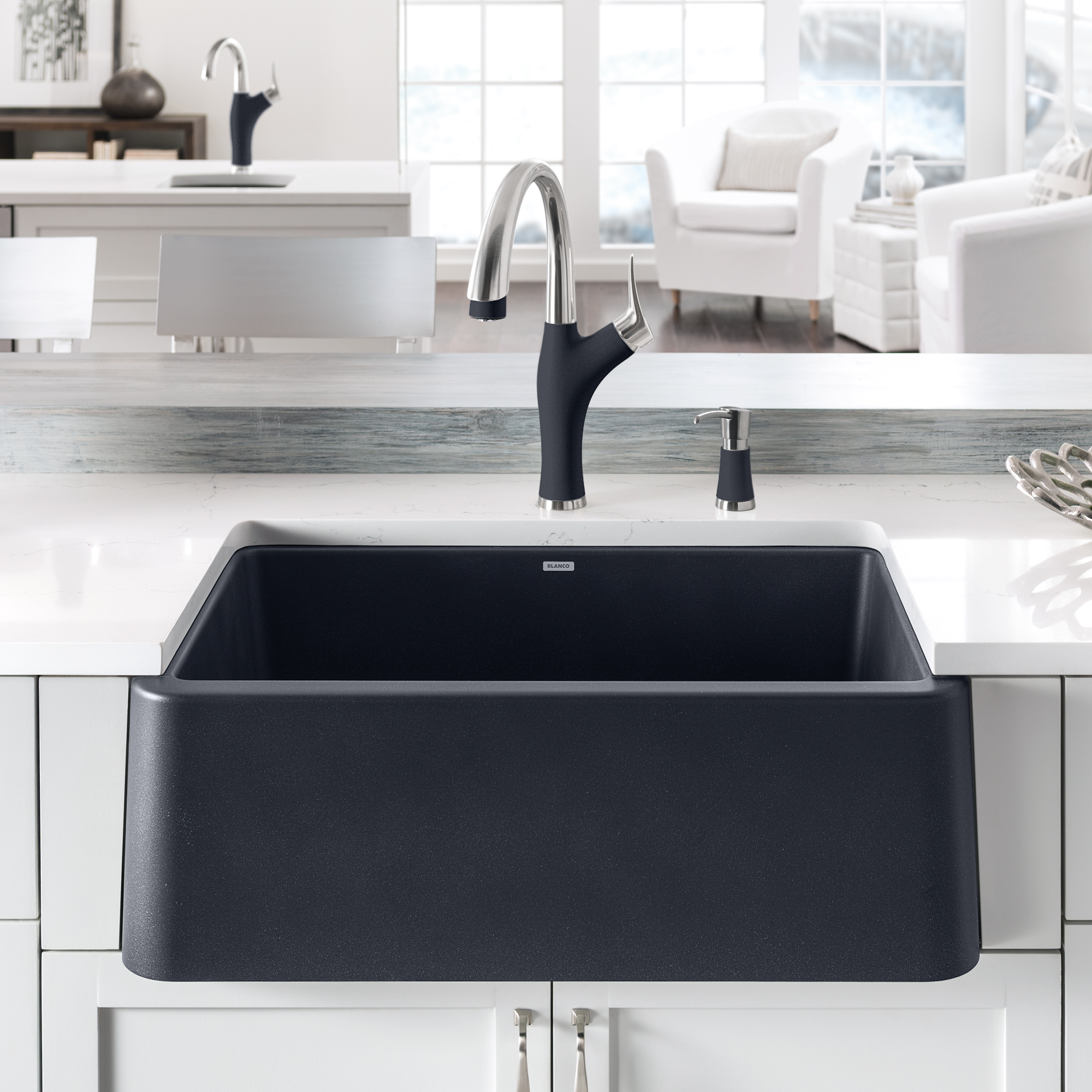 Blanco Ikon Farmhouse Kitchen Sink 30 In Black Lowe S Canada