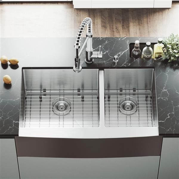Vigo Kitchen Sink With Faucet Grids And Strainers 36 In Lowe S Canada