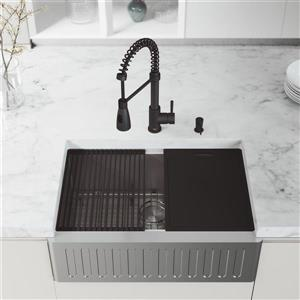 VIGO 30-in Oxford Kitchen Sink - Stainless Steel - Brant faucet and Soap Dispenser Matte Black