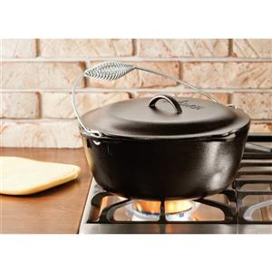 Lodge Cast Iron Dutch Oven with Spiral Handle - 7 qt.