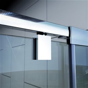 DreamLine Flex Modern Shower Door/Base - 30-in x 60-in - Nickel