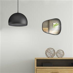 Jade Bath Shay Decorative Mirror - 18.9-in x 16.54-in - Matte Black