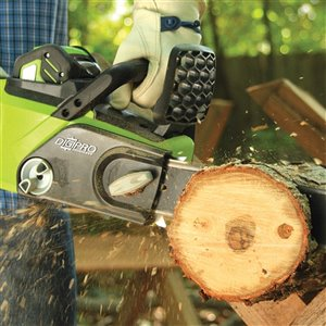 Greenworks Pro Cordless Chainsaw - 40-Volt - 16-in Bar Length - 1-Battery/Charger