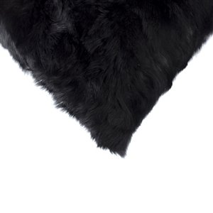 Natural by Lifestyle Rabbit Fur 2-Piece Black 18-in x 18-in Square Indoor Decorative Pillow