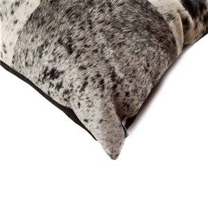 Natural by Lifestyle Torino Cowhide Quattro 2-Piece SandP Black/White 18-in x 18-in Square Indoor Decorative Pillow