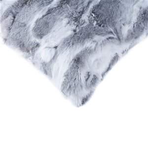 Natural by Lifestyle Rabbit Fur 2-Piece Gray 18-in x 18-in Square Indoor Decorative Pillow