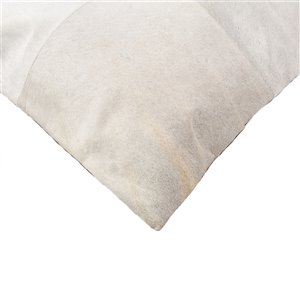 Natural by Lifestyle Torino Cowhide Quattro 2-Piece Off-White 18-in x 18-in Square Indoor Decorative Pillow