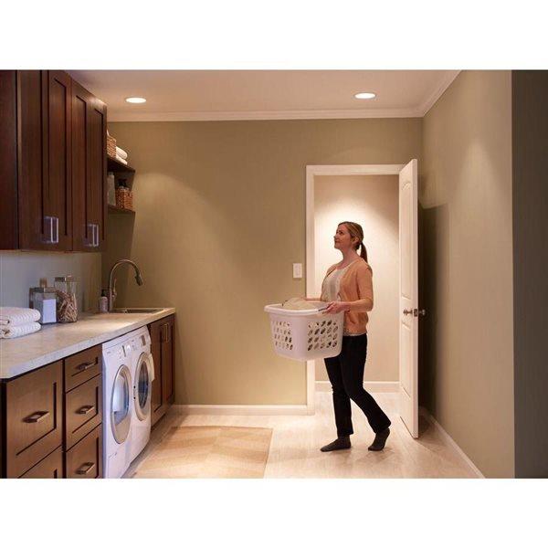 Lutron 250 Watt White Single Pole Occupancy Decorator Switch Lowe S Canada
