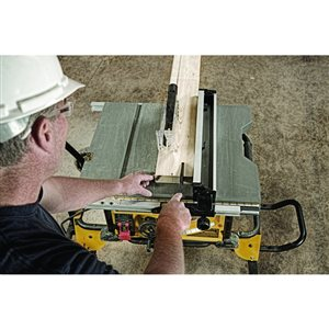 DEWALT 10-in 15 Amp Job Site Table Saw with Rolling Stand