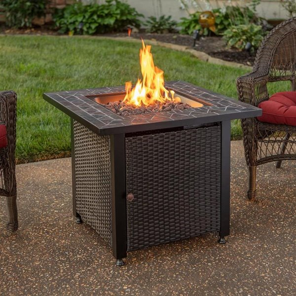 Endless Summer Gas Fire Table With Wicker Sides Lowe S Canada