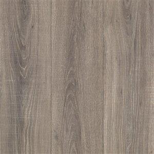 Mohawk Dakota 12 Mm Beachwood Oak Laminate Flooring 7 48 In W X 54 24 In L Lowe S Canada