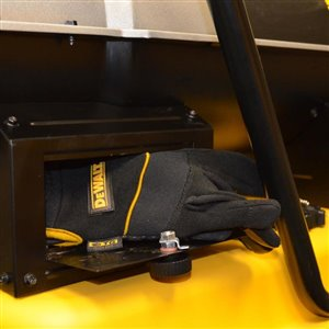 DEWALT 215000-BTU Forced Air Kerosene Heater