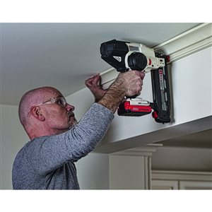 Porter Cable 20 Volt Max Cordless 16 Gauge Finishing