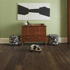 Pergo Whiskey Trail Oak 7.48-in W x 4.58-ft L Embossed Wood Plank Laminate Flooring