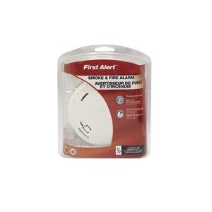 First Alert Battery-Powered 3-Volt Photoelectric Sensor Smoke Detector