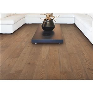 Mohawk 9/16-in Thick Ellington Oak Engineered Hardwood Flooring (7-in Wide x Various Lengths)