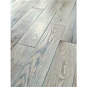 Bruce America's Best Choice 3/4-in Thick Drift Gray Oak Solid Hardwood Flooring (5-in Wide x Various Lengths)