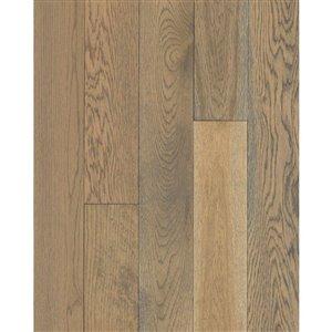Mohawk Oak Hardwood Flooring Sample (Bradford)