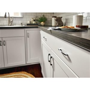 Diamond NOW Arcadia 15-in Base Cabinet with Door and Drawer