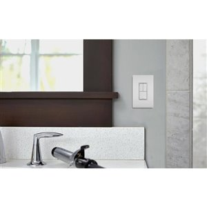 Legrand Radiant 120/125-Volt White Decorator Wall Tamper Resistant Outlet/Switch