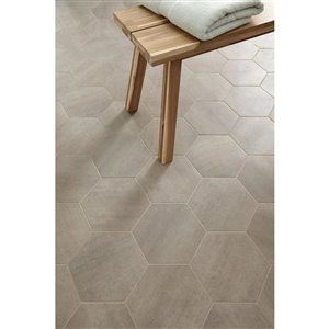 STAINMASTER Stainmaster 1-Piece 7-3/4-in x 9-in Groutable Metropolis Peel-and-stick Stone Luxury Residential Vinyl Tile
