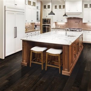Pergo Portfolio Gano Oak 5.23-in W x 3.93-ft L Embossed Wood Plank Laminate Flooring
