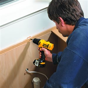 DEWALT 12-Volt Max 3/8-in Variable Speed Cordless Drill (2 -Batteries Included and Charger Included)