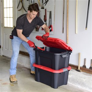 CRAFTSMAN 20 Gallon Latching Tote - 28.17-in x 19.92-in x 14.34-in