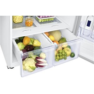 Samsung 29-in 17.6-cu ft Top-Freezer Refrigerator (White) ENERGY STAR