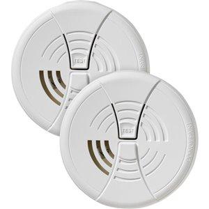 First Alert Battery-Powered 9-Volt Smoke Detector (2-Pack)