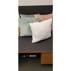 Ultra Soft Fur Cushion 18 x 18
