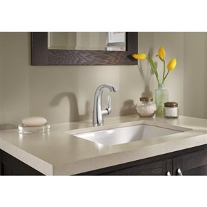 DELTA Soline Chrome 1-Handle Single Hole 4-in Centerset WaterSense Bathroom Sink Faucet with Drain
